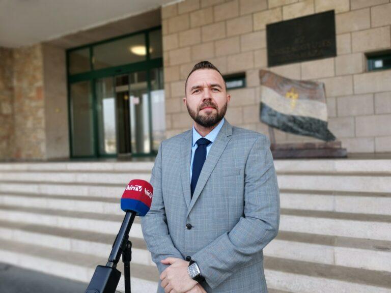 Fülöp Erik etikai vizsgálatot kezdeményez Hadházy Ákos és a szigetvári polgármester ellen